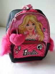 Título do anúncio: Vendo mochila de alça da Barbie