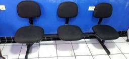 Título do anúncio: Cadeiras Longarina 3 lugares