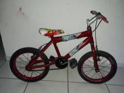 Bicicleta quase não usada