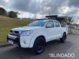Título do anúncio: Toyota Hilux SRV 2008 - Completa - Blindada - Aceito trocas e financio