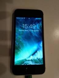 iPhone 5S 16Gb memória, Prata e Preto, Todos os Acessórios Usado