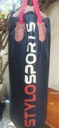 Título do anúncio: Saco de Boxer com luva stylo usado