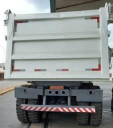 Título do anúncio: Caminhão Caçamba 4844, 2014