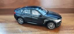 Miniatura BMW X6 1:18