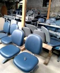 Título do anúncio: 16 Unidades de Longarinas com Duas Cadeiras Estofadas