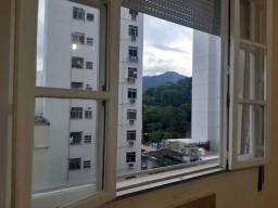 Apartamento para venda possui 105 metros quadrados com 3 quartos