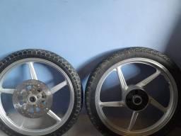 Bateria e rodas cromadas
