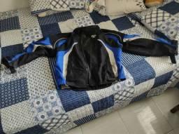 Jaqueta de motociclista.