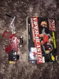 arminha expansível de brinquedo VIPER-BLASTER