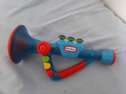 brinquedo flauta que toca músicas