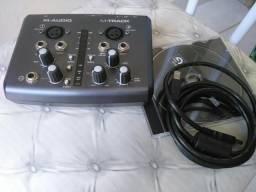 Interface M-audio m-track USB 24-bit 48-khz
