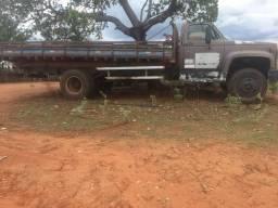 Caminhão novo e conservado! Preço negociável