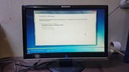 Monitor Lenovo 18,5 Widescreen 3 unidades