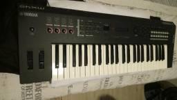 Teclado Sintetizador Yamaha MX49 Semi Novo