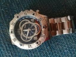 Vendo um relógio invicta por 80.00reais