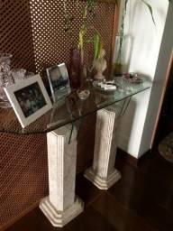 Conjunto de aparador, mesa de centro e lateral