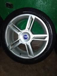 Jogo de rodas Aro 17, com 4 pneus perfil baixo