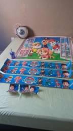 Adesivo personagens infantil