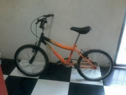 Bicicleta bem conservada aro 20