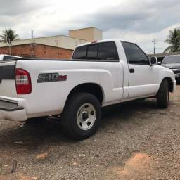 S- 10 Colina 4 x 4 Cab simples - 2011