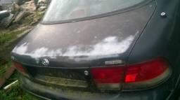 Mazda 626 96 capo traseiro tampa porta malas sem acessórios somente a lata