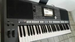 Vendo teclado Yamaha PSR S970
