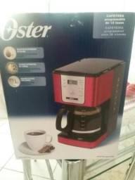 Cafeteira Oster nova nunca usada.