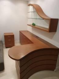 Balcão, gaveteiro e prateleira