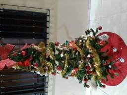 Árvore de Natal Completa com enfeites(Metade do Preço)