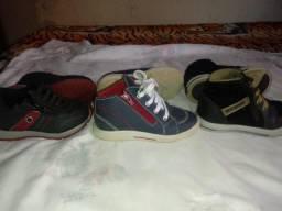 Sapatos infantis seminovos