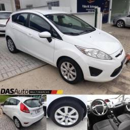 Ford New Fiesta Hatch SE 1.6 2013 - Completo - 2013