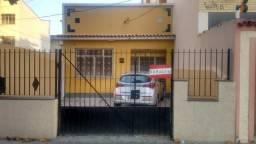 Casa de 3 quartos em Olaria próximo a rua Barreiros