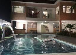 Casa com piscina em Fagundes Lucena