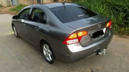 Honda Civic Sedan. LXS 1.8 Flex 16v, terceiro dono carro muito conservado