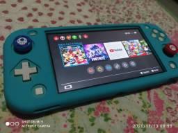 Nintendo Switch LITE 32 GB + 128 GB SD + Capa Case + Grips!