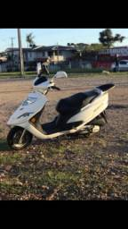 Moto Burgaman  125 2012