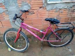 Vendo bike ótima pra trabalhar.