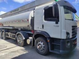 24280 BITruck 2014 Com tanque Combustível