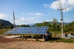 Painel de energia solar fotovoltaico geração própria de energia.