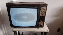 TV antiga telefunken