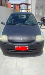 Vende-se Carro clio 2001