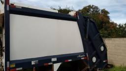 Compactador / Coletor de Lixo