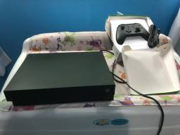 XBOX ONE X 4K 1TB  + Controle Novo