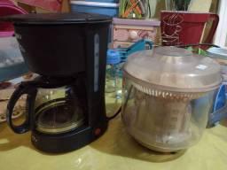 Cafeteira e espremedora de laranja