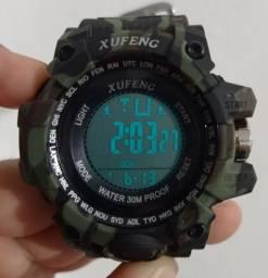 Relógio esportivo a prova d'água