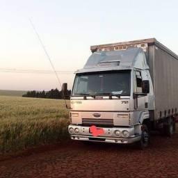 Caminhão 3/4 sider