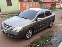 Astra sedan 2.0 automático 03/04 - 2004