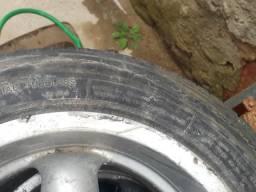 4 pneus meia vida e 3 aros 14