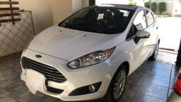 New fiesta Titanium powershift - 2015