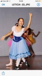 Figurino de ballet , Titi romântico estilo camponesa